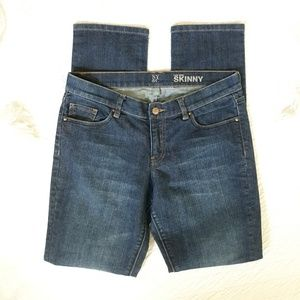NEW YORK & COMPANY Low Rise Skinny Jeans Size 6